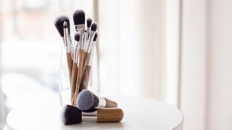 What Makes A Makeup Brush Vegan